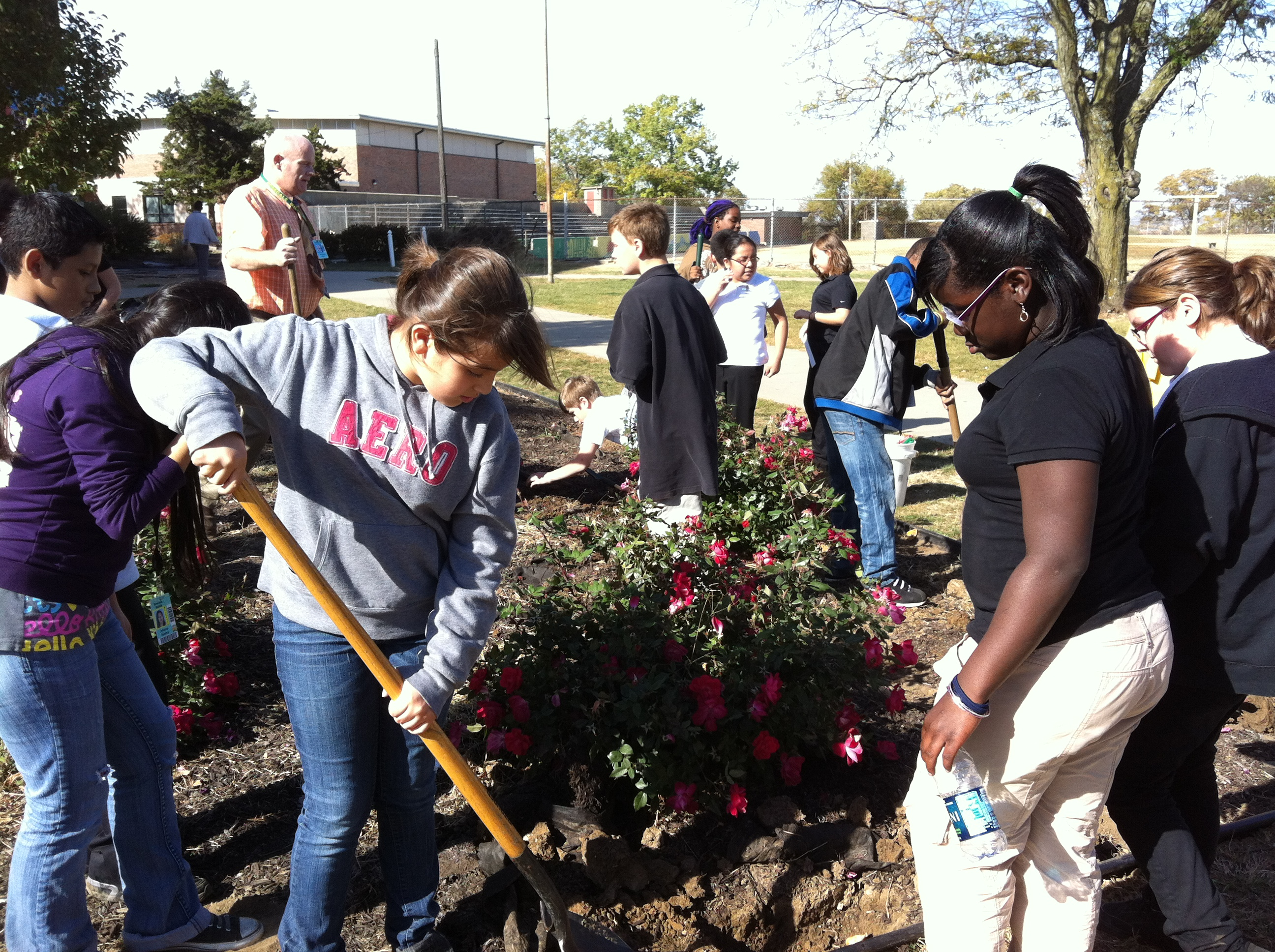Planting fall bulbs at Rosedale Middle School